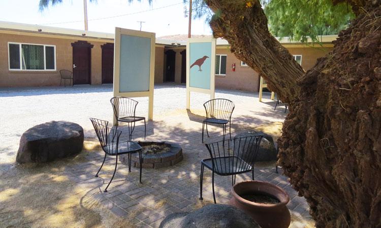 Shoshone Inn courtyard.