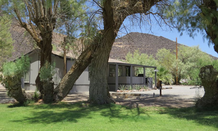 Shoshone Vacation Rentals External View