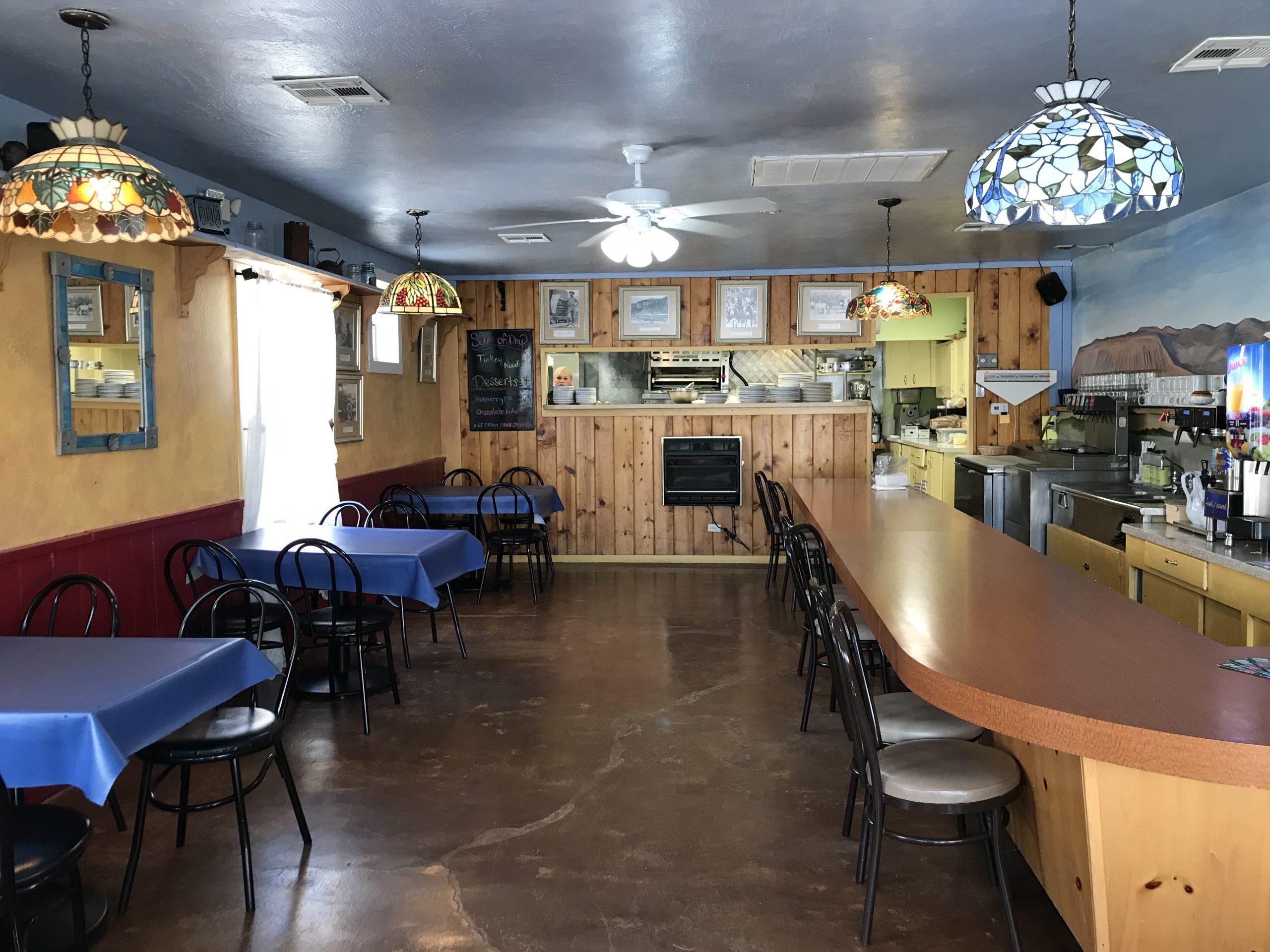 Crowbar Cafe